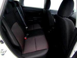 Mitsubishi ASX 2.0 GL CVT - Image 17
