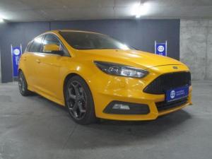 Ford Focus 2.0 Gtdi ST3 - Image 1