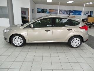 Ford Focus hatch 1.0T Ambiente