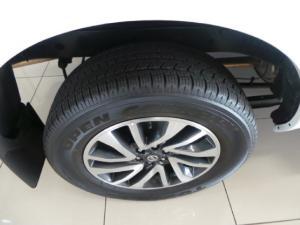 Nissan Navara 2.3D double cab LE auto - Image 12