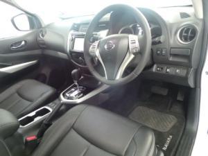 Nissan Navara 2.3D double cab LE auto - Image 9