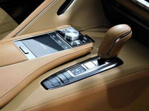 Lexus LC 500 - Image 11