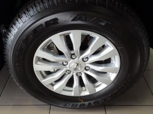 Nissan Patrol 5.6 V8 LE Premium - Image 18