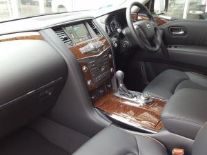 Nissan Patrol 5.6 V8 LE Premium - Image 6