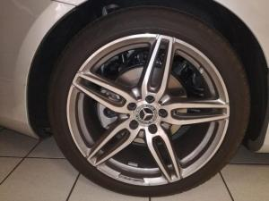 Mercedes-Benz E 220d Cabriolet - Image 5