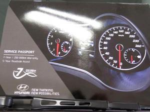 Hyundai Elantra 1.6 Executive - Image 18