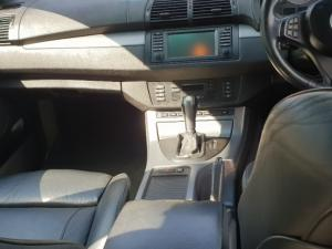 BMW X5 4.8iS automatic - Image 2