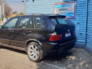 BMW X5 4.8iS automatic - Image 5
