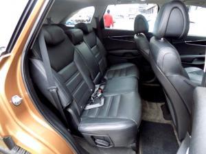 Kia Sorento 2.2D AWD automatic 7 Seater SX - Image 19