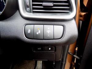 Kia Sorento 2.2D AWD automatic 7 Seater SX - Image 25
