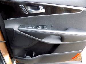 Kia Sorento 2.2D AWD automatic 7 Seater SX - Image 26