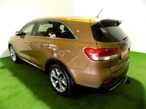 Kia Sorento 2.2D AWD automatic 7 Seater SX - Image 3