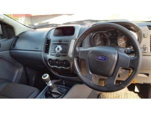 Ford Ranger 2.2 4x4 XL - Image 12