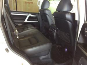 Toyota Landcruiser 200 V8 4.5D VX automatic - Image 12
