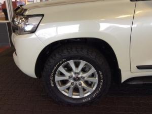 Toyota Landcruiser 200 V8 4.5D VX automatic - Image 23