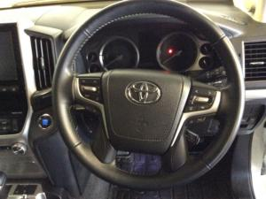 Toyota Landcruiser 200 V8 4.5D VX automatic - Image 26