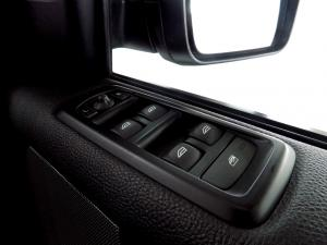 Land Rover Discovery 4 3.0 TD/SD V6 SE - Image 20