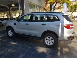 Ford Everest 2.2 4WD XLS - Image 4