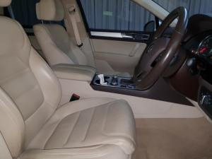 Volkswagen Touareg V8 TDI Executive - Image 10