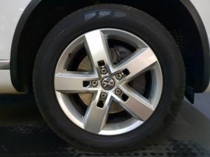 Volkswagen Touareg V8 TDI Executive - Image 12