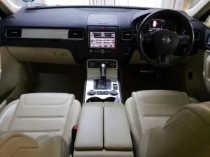 Volkswagen Touareg V8 TDI Executive - Image 8