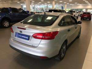 Ford Focus 1.0 Ecoboost Ambiente - Image 7