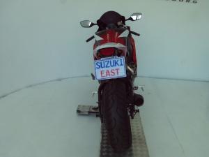 Honda CBR 1000RR - Image 7