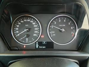 BMW 125i automatic 5-Door - Image 7
