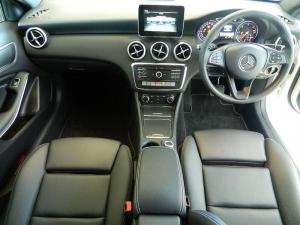 Mercedes-Benz A 220d Style automatic - Image 6