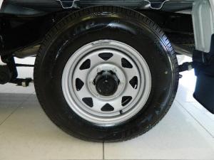 Nissan Hardbody NP300 2.0i LWBS/C - Image 6