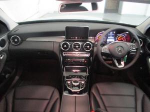 Mercedes-Benz C200 - Image 7