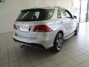 Mercedes-Benz GLE 400 4MATIC - Image 13