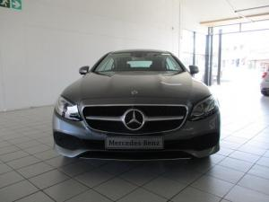 Mercedes-Benz E 300 Coupe - Image 2