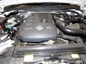 Nissan Navara 2.5 dCi LED/C - Image 10