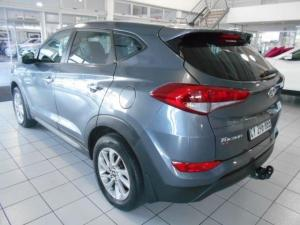 Hyundai Tucson 2.0 Premium - Image 4