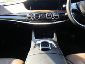 Mercedes-Benz S600 Maybach - Image 11