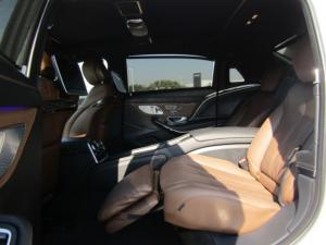 Mercedes-Benz S600 Maybach - Image 16