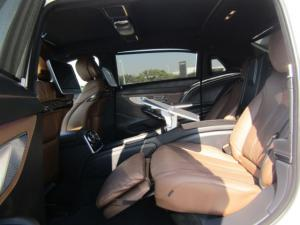 Mercedes-Benz S600 Maybach - Image 22