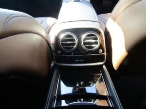 Mercedes-Benz S600 Maybach - Image 2