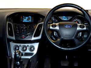 Ford Focus 2.0 GDi Trend Powershift - Image 11