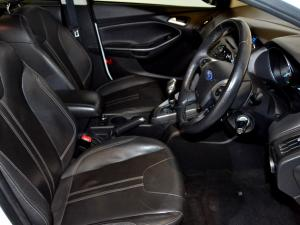 Ford Focus 2.0 GDi Trend Powershift - Image 14