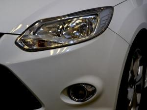 Ford Focus 2.0 GDi Trend Powershift - Image 19