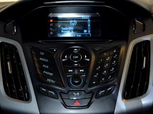 Ford Focus 2.0 GDi Trend Powershift - Image 25