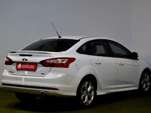 Ford Focus 2.0 GDi Trend Powershift - Image 4