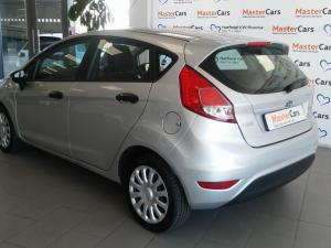 Ford Fiesta 1.0 Ecoboost Ambiente Powershift 5-Door - Image 4