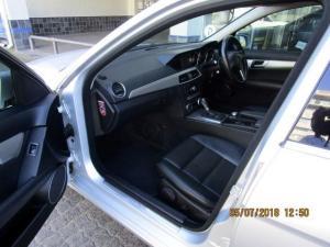 Mercedes-Benz C180 BE Estate Avantgarde automatic - Image 5