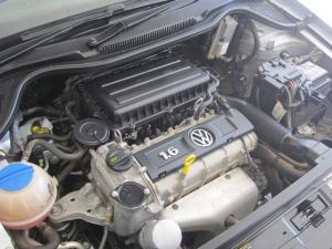Volkswagen Cross Polo 1.6 Comfortline - Image 5