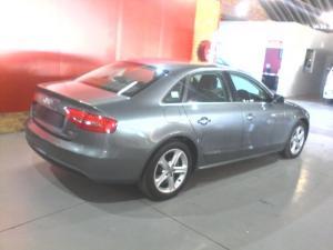 Audi A4 2.0 TDI SMultitronic - Image 4