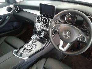 Mercedes-Benz C180 Avantgarde automatic - Image 10