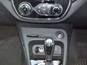 Renault Captur 1.2T Dynamique EDC 5-Door - Image 12